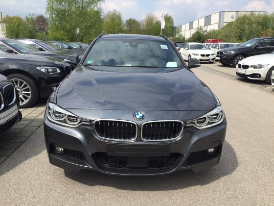 BMW 320D xDrive Touring LCI