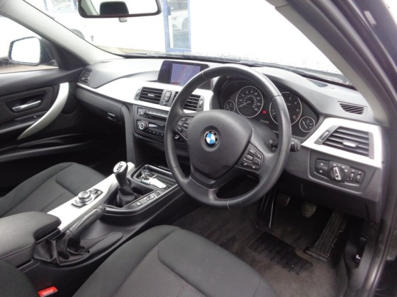 320d Saloon Right Hand Drive