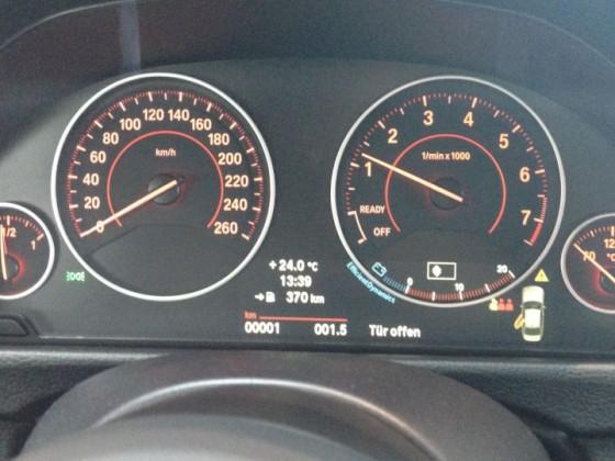 BMW 316i - Tansanitblau (F30 - Limousine)
