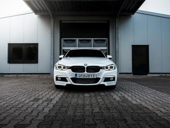 BMW-330d front