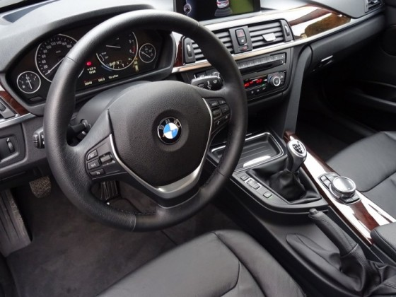 BMW 320d (F31 - Touring)